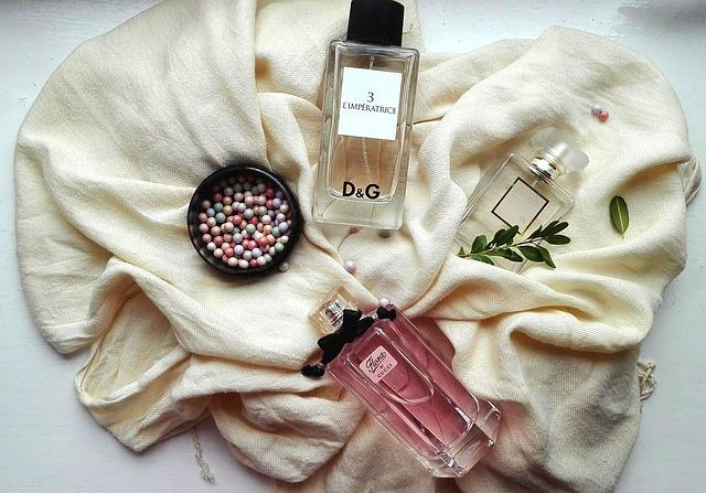 perfume-2445617_640