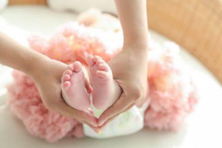 pregnant-women-2262211_640