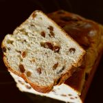 raisin-bread-3190980_960_720