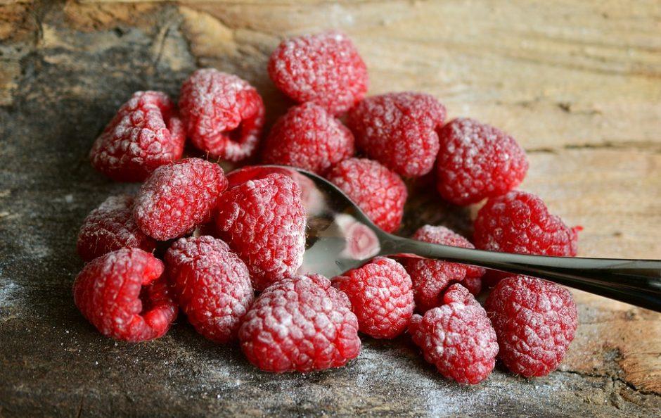 raspberries-3188085_960_720