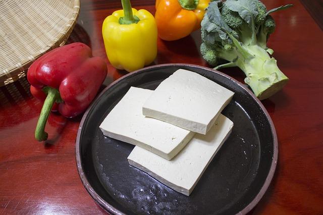 slice-the-tofu-597229_640 (1)