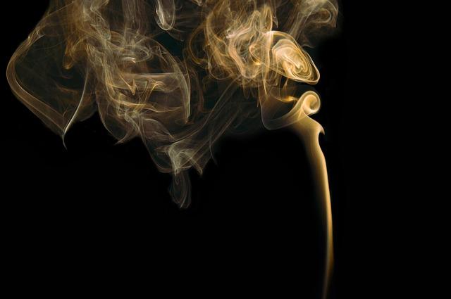 smoke-731152_640