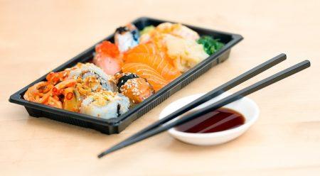 sushi-1858696_640