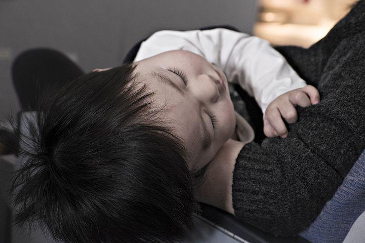 toddler-1245674__480