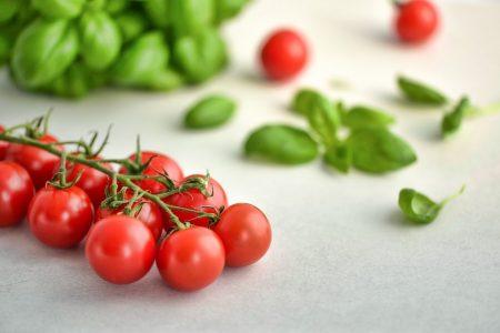tomatoes-3404263_960_720