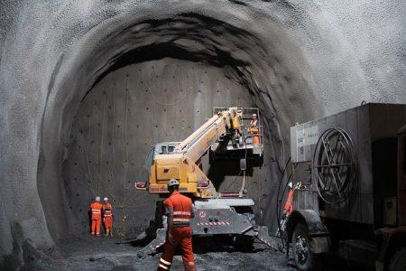 tunnel-2316267_640