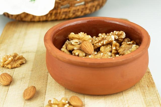 walnut-1922881_640