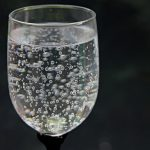 water-glass-2686973_960_720
