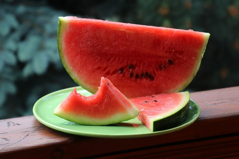 watermelon-3437679_960_720