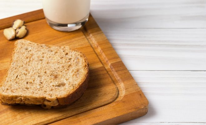 whole-wheat-bread-2640992_960_720
