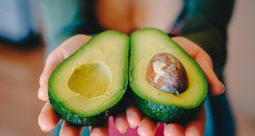 【2018年 最新版】アメリカEWGの最新情報!「野菜を洗えば大丈夫」のウソ!あなたが毎日食べている野菜と果物、残留農薬量ワースト10!ランキングとその具体的対策方法