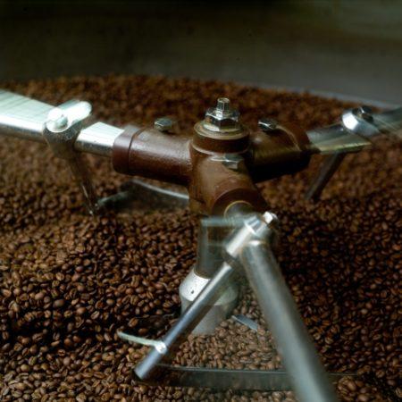 コーヒーは直前に焙煎されたものがおすすめ