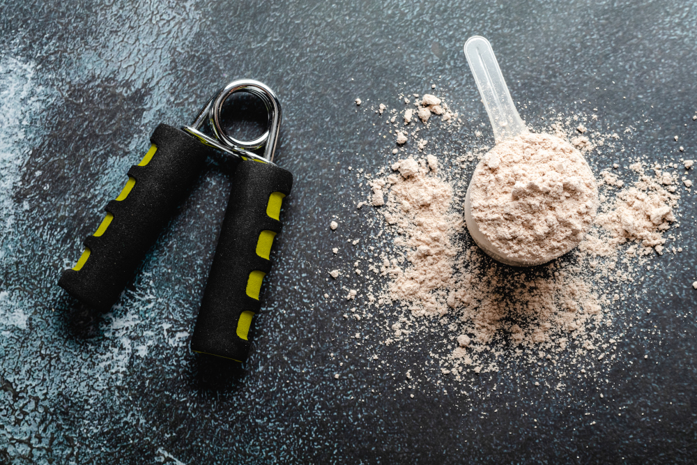 scoops filled with protein powders for fitness nutrition to start training