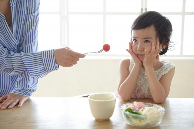 好き嫌い 食べない 子育て
