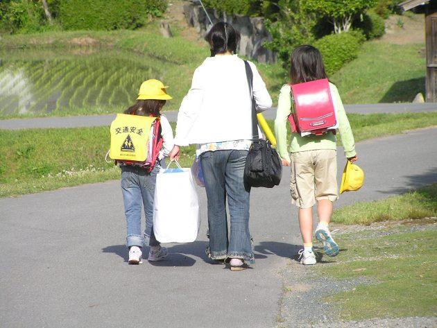 p5140621小学生通学