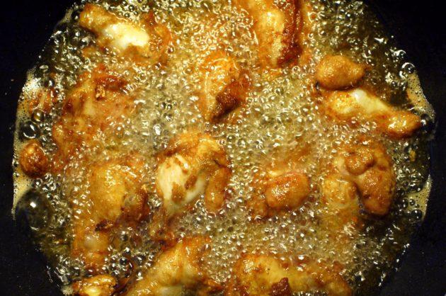 deep frying chicken upper wing