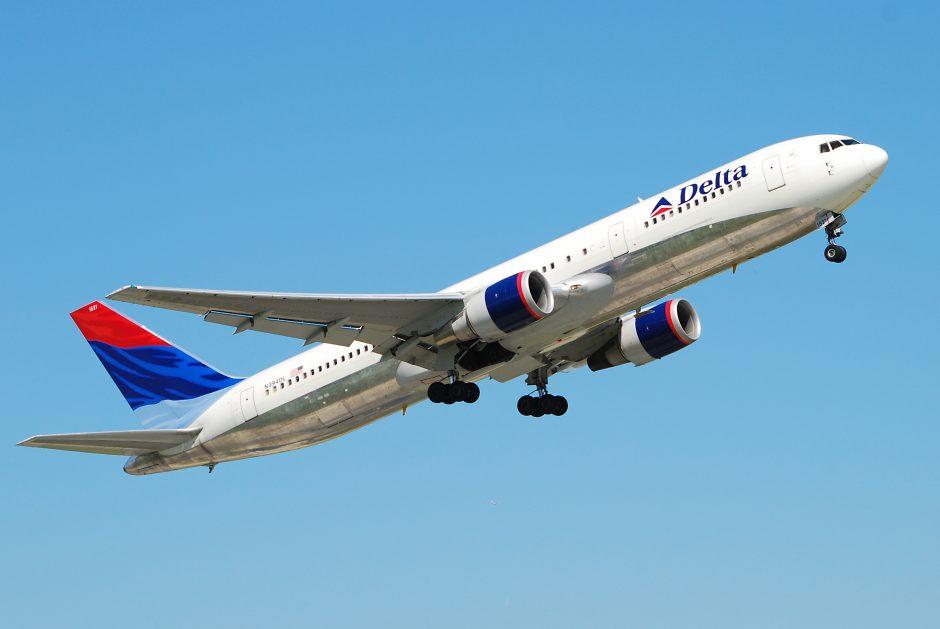 Delta_Air_Lines_B767-332ER_N394DL