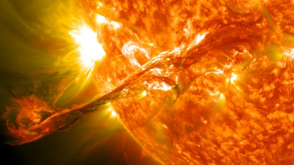 magnificent cme erupts on the sun   august 31