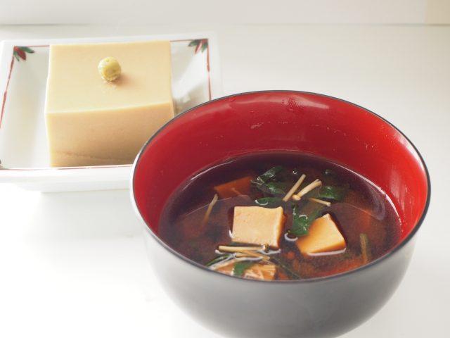 胡麻豆腐 味噌汁
