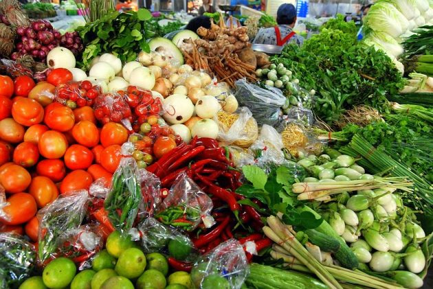 thai market vegetables 01