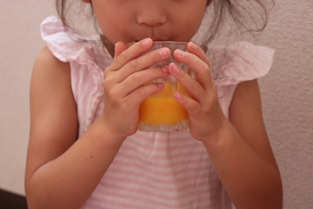 子どもとジュース