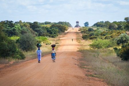 african-women-walking-along-road-2983081_640