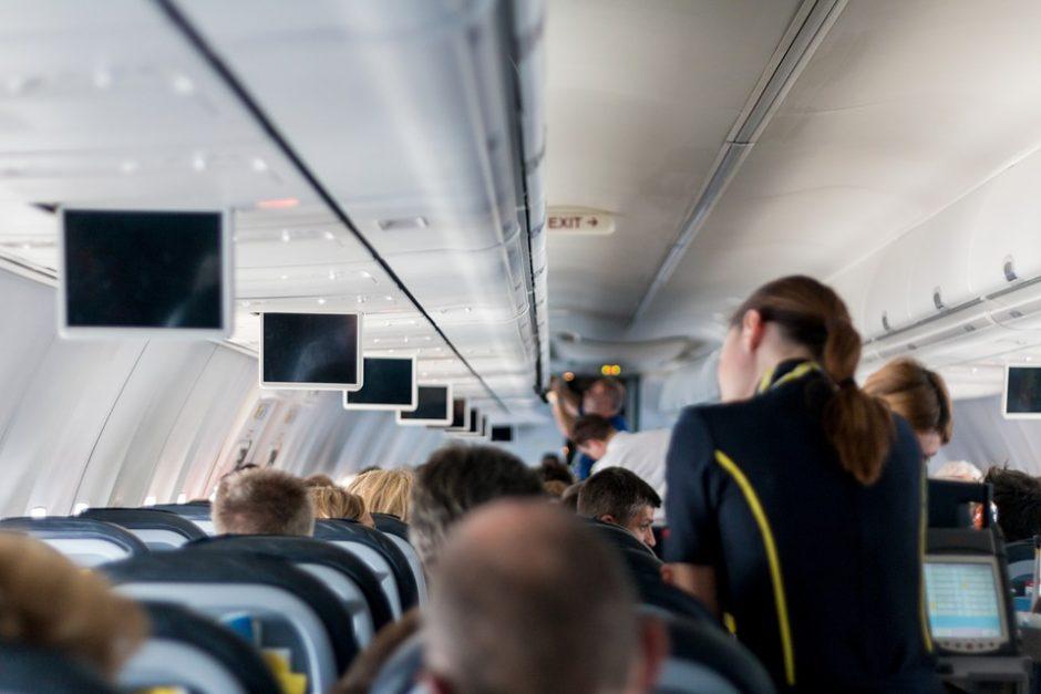 aircraft-2104594_960_720
