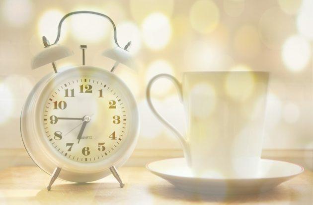 alarm clock 2132264 960 720