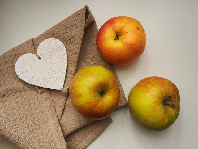 apples-923681_640