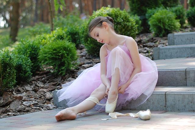 ballet-2789416_640