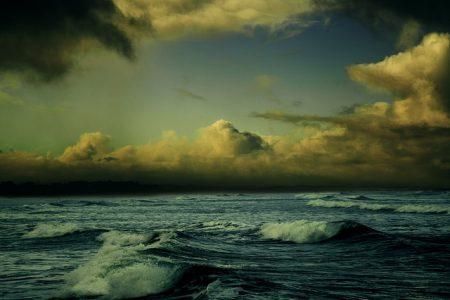 beach-863346_640