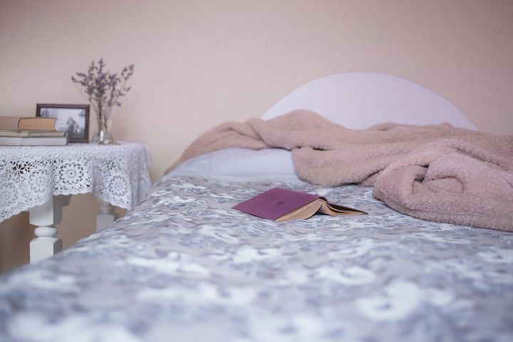 bed-1846251__480