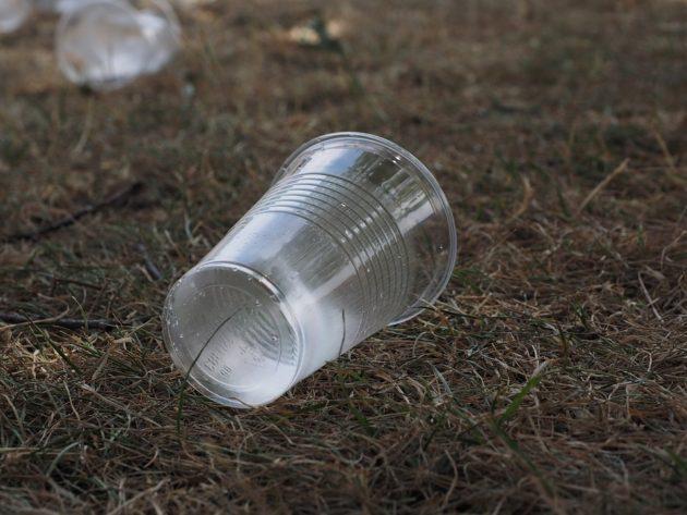 beverage cups 2147903 960 720