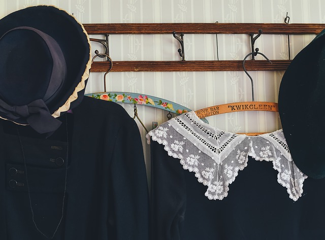 clothes-1838325_640