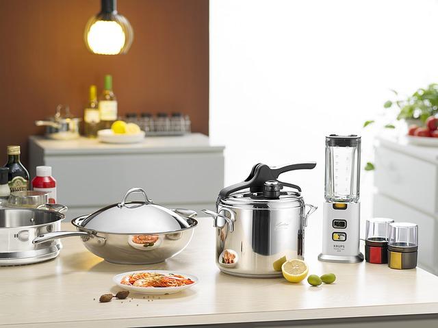 cooking-utensils-3083125_640