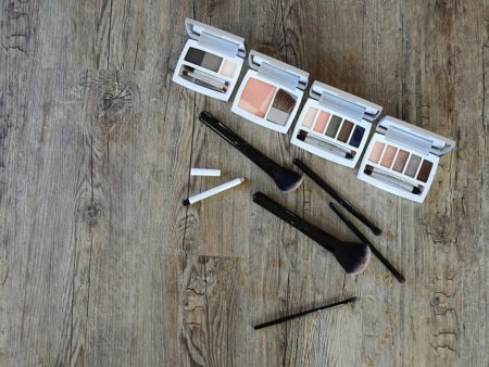 cosmetics-2097517_640
