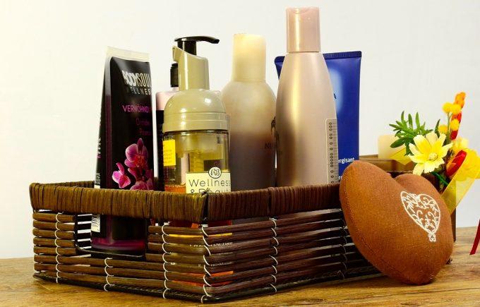 cosmetics-2389779_960_720
