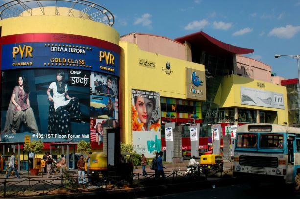 都会化されるインドの街 1