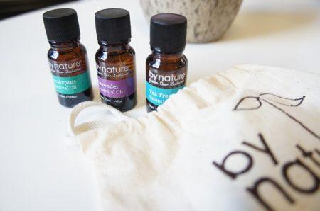 essential-oils-1508923_640