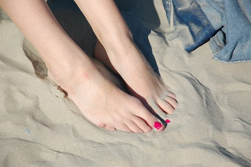 feet 1291213  340