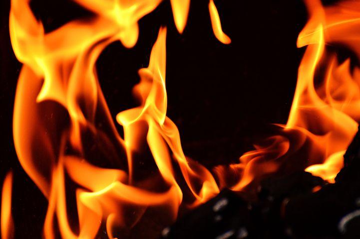 fire-2204171__480