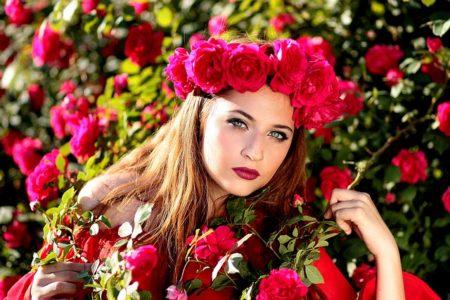 girl-1403417_640