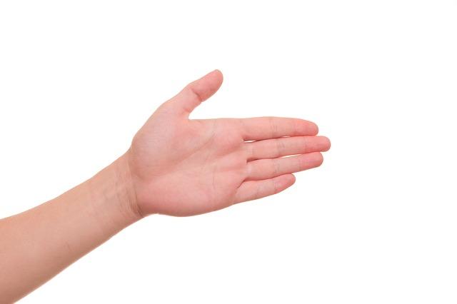 hand-422577_640