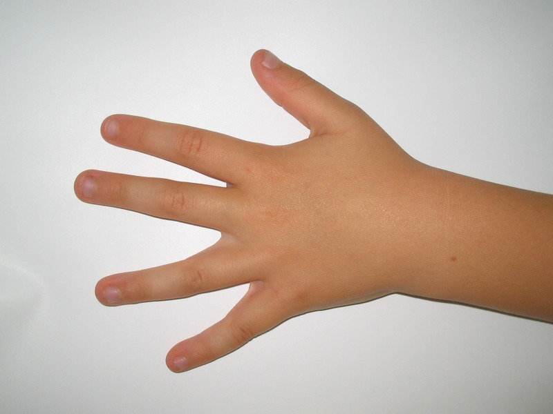 hand finger child human arm nail 1129566 pxhere.com (2)