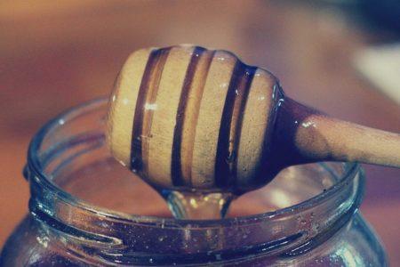 honey-dipper-924732_640