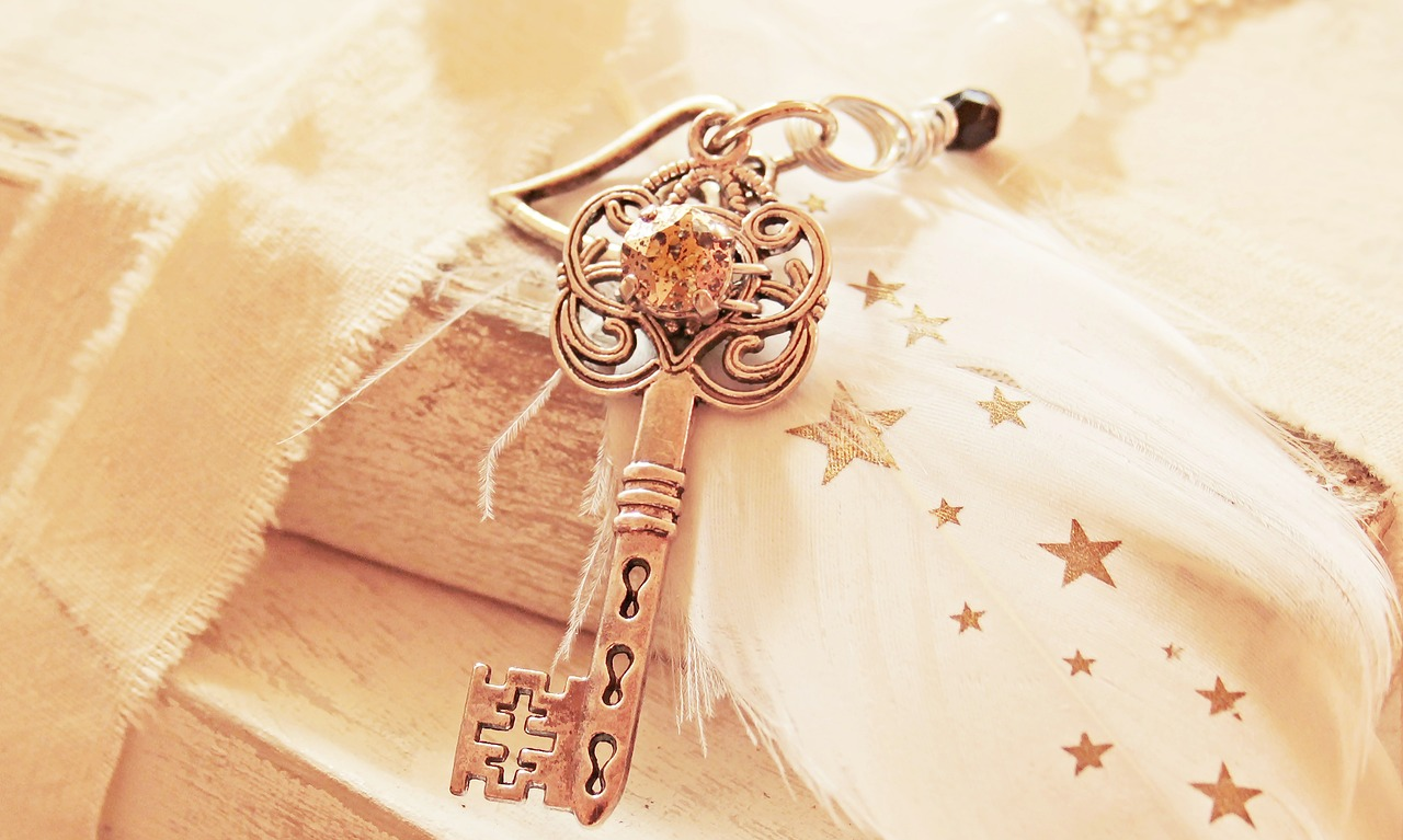 key 2471021 1280
