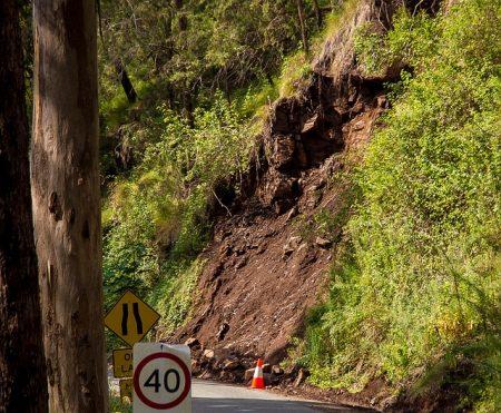 landslide-2819155_640
