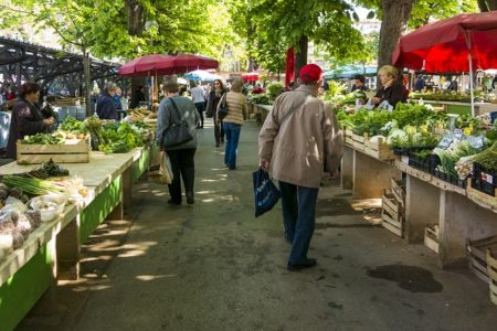 market-1558658_640