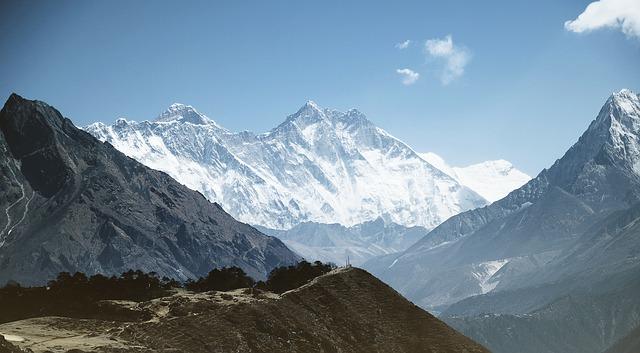 mountain 1246297 640