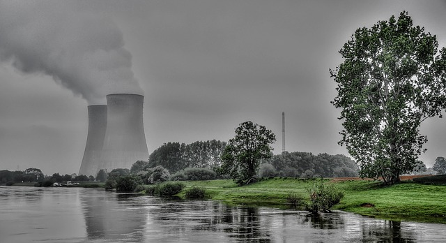 nuclear-power-plant-261119_640